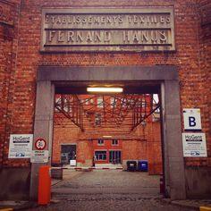 Fernand Hanus was een Belgische textielindustrieel. Na zijn dood in 1924 was het familiebedrijf een van de belangrijkste textielbedrijven in België. Een nieuwe vestiging werd gebouwd in 1929. Het bedrijf werd in 1967 overgenomen door UCO. Vandaag is het een hogeschool voor vertalers. #gent  Fernand Hanus was a Belgian textile industrialist. After his death in 1924, the family company was one of the most important textile companies in Belgium. A new factory was built in 1929. In 1967 the…