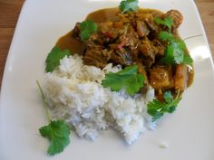 Low FODMAP inspired Beef Rendang. Awesome curry for the low FODMAP diet and super healthy.