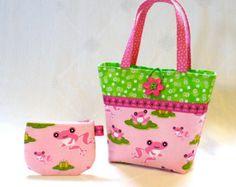 Little Girls Purse Coin Purse Set Cute Frogs Mini Tote Bag Childs Purse Kids Bag Toyland Robert Kaufman Fabric Pink Green Handmade MTO