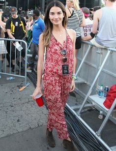 Lily Aldridge in an Étoile Isabel Marant jumpsuit and Dickers Fashion News, Boho Fashion, Fashion Outfits, Fashion 2015, Street Fashion, Festival Outfits, Festival Fashion, Festival Chic, Santa Monica