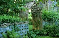 how to weave willow fence - Google Search