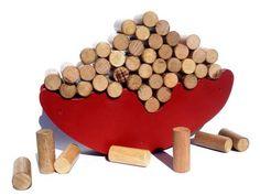 Este+é+um+brinquedo+de+equilíbrio.+São+50+toquinhos+de+madeira+que+devem+ser+empilhados+nesta+base,+também+de+madeira,+em+formato+de+um+barco.+O+objetivo+é+trabalhar+equilíbrio+e+coordenação+motôra.+Indicado+para+crianças+a+partir+de+3+anos+de+idade. R$ 78,00