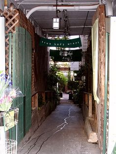 Secret alley entrance