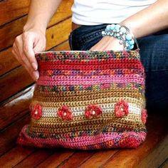 bolsas de punto con sus manos