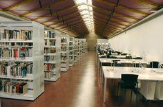 http://maps.google.es/maps?q=macba+biblioteca=es=safari=UTF-8=macba+biblioteca=15000=m=16