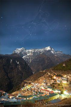 Nepal, Sagarmatha National Park (Everest), the constellation Orion above Namche Bazaar (3,500 m) |    Созвездие Орион над Намче Базаром (3500 м)