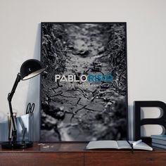 El fotógrafo Pablo Risco nos pidió ayuda con la creación de su marca. ¡Conócela en www.ordenatucabeza.com/project/pablo-risco/!