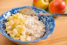 Havermout met kaneel en appel #avogelrecepten Love Food, Potato Salad, Macaroni And Cheese, Oatmeal, Healthy Recipes, Healthy Food, Breakfast, Ethnic Recipes, The Oatmeal