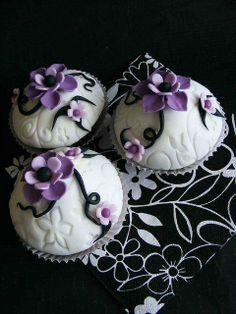 """Cupcakes.... Kool décor""""!"""