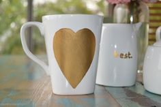 how to #DIY a gold heart Mother's Day mug