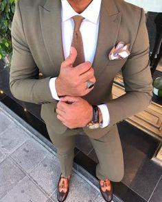 Our social Life Yoga Routine, Suits Women, Mens Suits, Mens Khaki Suit, Hugo Boss, Navy Slim Fit Suit, Blazer Outfits Men, Casual Outfits, Classy Suits