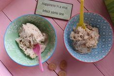 Ein haselnussiges Low Carb Eis jenseits aller Kaloriendefizite geht hiermit in Erfüllung. Alles ohne Zucker, jedoch mit vollem Geschmack.