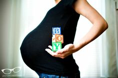 "Pregnancy Photo Ideas ""TWINS"" instead of ""BOY"""
