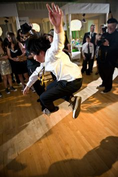 Mitzvah activities & entertainment {Photo by Freed Photography}