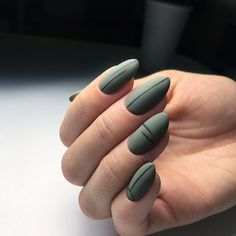 Simple Line Nail Art Designs You Need To Try Now line nail art design, minim. - Simple Line Nail Art Designs You Need To Try Now line nail art design, minimalist nails, simple - Stylish Nails, Trendy Nails, Line Nail Art, Matte Nail Art, Matte Green Nails, Acrylic Nails Almond Matte, Black Nails, Lines On Nails, Manicure E Pedicure