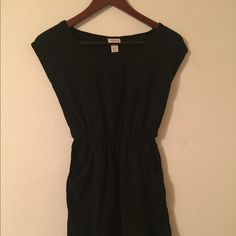Black Dress Casual black dress with pockets. Comfortable and cute. Tagged Urban for views. Urban Outfitters Dresses