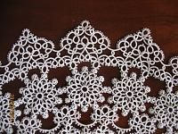 Doily of Stawasz, except for the last two rows, which I invented myself inspired by Small Tatted Heart designed by Betsy Evans   Thread Lizbeth 40,...