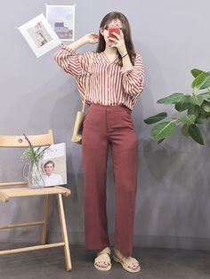 60 Ideas for fashion korean dress clothes Korean Girl Fashion, Korean Fashion Trends, Korean Street Fashion, Ulzzang Fashion, Korea Fashion, Japanese Fashion, Asian Fashion, Daily Fashion, Look Fashion