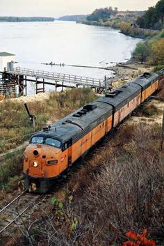 Milwaukee Road (East) by John F. Bjorklund – Center for Railroad Photography & Art Train Info, Train Posters, Milwaukee Road, Bonde, Railroad Photography, Covered Wagon, Old Trains, Train Pictures, Model Train Layouts
