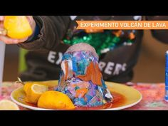 Volcán en erupción. - AEIOUTURURU | Talleres creativos para peques Erupting Volcano, Red Paint, Food Coloring, Volcanoes