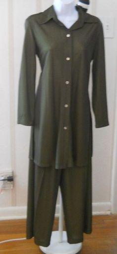Ladies Linda Allard Ellen Tracy Pants & Top Size 6-4  #EllenTracy #PantSuit great for FALL just $20 #eBay
