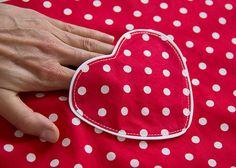 Nähschule: Aufgesetzte Tasche (Herz) | DIY LOVE