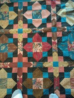 Bee Creative, Quilts, Blanket, Quilt Sets, Blankets, Log Cabin Quilts, Cover, Comforters, Quilting