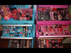 Do you wish to lower your expenses and look nice? Well I have 12 of the greatest beauty methods in order to save you money right this moment and they are all entirely proven by me. Makeup Collection Storage, Makeup Storage, Makeup Organization, Jewelry Storage, Storage Organization, Organizing, Makeup Set, Makeup Tips, Eye Makeup