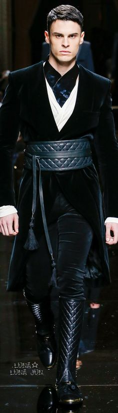 This is really something different..reminding me somehow... the movie Sandokan...Balmain Fall 2016 Menswear