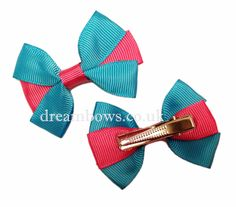Turquoise and cerise pink grosgrain ribbon hair bows on alligator clips - www.dreambows.co.uk #hairbows #shopforbows #girlsbows