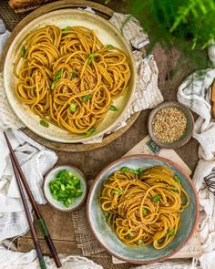 Clean Eating Recipes For Dinner, Healthy Dinner Recipes, Whole Food Recipes, Vegetarian Recipes, Hibachi Noodles, Vegan Party Food, Vegan Pasta, International Recipes, How To Cook Pasta
