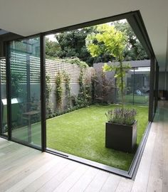 Courtyard Design Ideas for Modern Houses Interior We collect some good courtyard design ideas for you. You can choose one of the most suitable courtyard design ideas. Courtyard Design, Garden Design, Modern Courtyard, Courtyard Ideas, Atrium Ideas, Indoor Courtyard, Garden Art, Patio Design, House With Courtyard