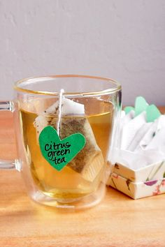 Make the tea lover on your holiday gift list happy with homemade tea bags that also travel well: Homemade Tea, Homemade Gifts, Craft Gifts, Diy Gifts, Christmas Gifts, Diy Tea Bags, Christmas Travel, Christmas Diy, Romantic Ideas