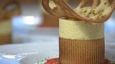 Passionsmousse opskrift - Mette Blomsterberg laver en lækker sommer dessert, der er en sikker vinder ved store såvel som små. Dejlig smag af passionsfrugt blandet sammen med den brændte marcipan