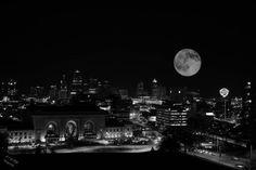 Kansas City, Missouri... When I'm there I truly feel closer to Heaven ♥