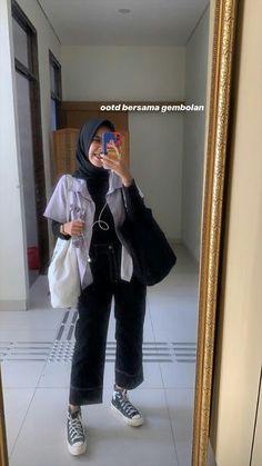 Modern Hijab Fashion, Street Hijab Fashion, Hijab Fashion Inspiration, Fashion Ideas, Casual Hijab Outfit, Casual Outfits, Fashion Outfits, Ootd Hijab, Hijab Chic