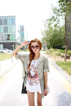 Lovely Asian Street Style Looks (24)