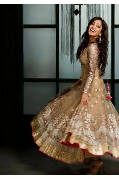 Golden Embroidered Anarkali Gown Indian Attire, Indian Ethnic Wear, Ethnic Gown, Indian Style, Beauty And Fashion, Asian Fashion, Big Fat Indian Wedding, Indian Bridal, Pakistani Outfits