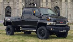 2007 GMC Topkick! AKA... Ironhide.  This would make me the happiest woman in the entire world!!!!