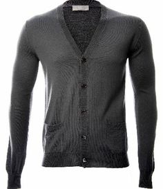 Dior Pocket Logo Cardigan Dior Pocket Logo Cardigan features a V neck design shape with a front button up closure with two front pockets and the signature Dior logo embroidered on the pocket in grey. With ribbed cuffs this gar http://www.comparestoreprices.co.uk/designer-clothing/dior-pocket-logo-cardigan.asp