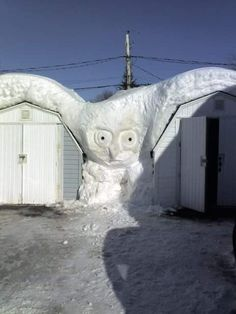 - Here is the next sculpture you should do. Photo by Ted Bartlet, New Brunswick. Snow Sculptures, Lion Sculpture, Metal Sculptures, Abstract Sculpture, Bronze Sculpture, Ice Art, Snow Art, Winter Art, Long Winter