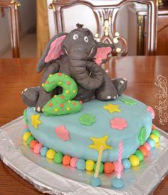 Horton Hears A Who birthday cake!