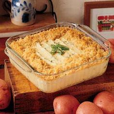 Baked Mashed potatoes with Breadcrumbs. YUM.