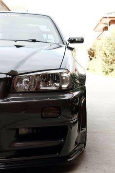 Evil eyes of a monster Nissan GTR 34