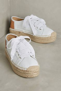 Being Bohemian: Fall Shoes White Espadrilles, Espadrille Sneakers, Shoes Uk, Sock Shoes, Shoe Boots, Shoes Sneakers, Pretty Shoes, Cute Shoes, Me Too Shoes