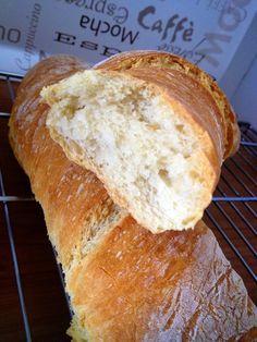 Tengo máquina de pan, y la uso, pero un día me dio la ventolera y me puse a hacer pan de verdad, con las manos. Buscando encontré ... Pan Bread, Bread Baking, Bread And Pastries, Sweet Bread, Bread Recipes, Tapas, Dio, Bakery, Food And Drink