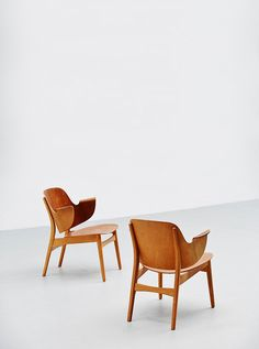 Hans Olsen.plywood teak and oak loungers. Designed in the 1950s and manufactured by Bramin Møbler, Denmark.