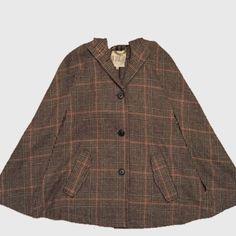 AM SALE BB Dakota Cape Classic neutral cape BB Dakota Jackets & Coats Capes