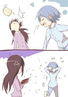 Homura Akemi and sayaka Miki fight lol