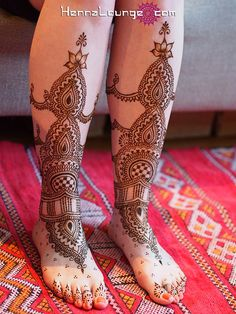 Love! henna feet, via Flickr.